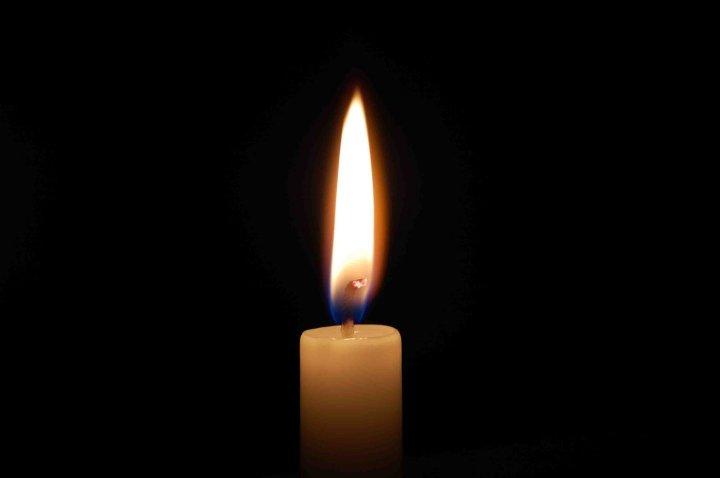 candle-03