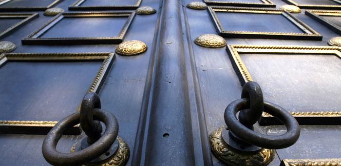 castledoor.jpg