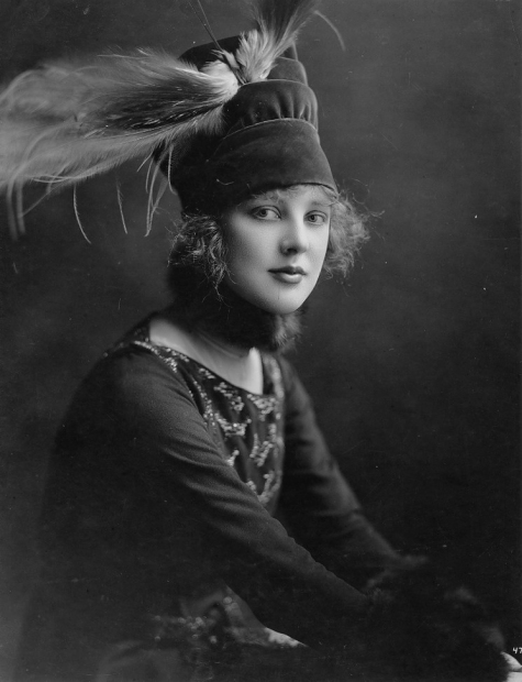 justine-johnstone-an-american-stage-and-silent-screen-actress