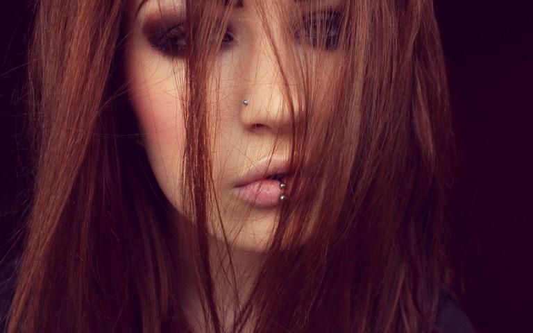 6963140-redhead-girl-piercing
