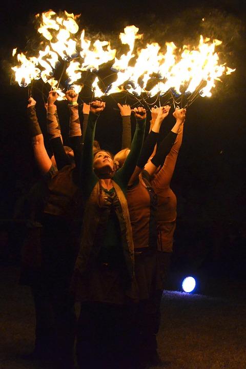 fire-dance-1584498_960_720